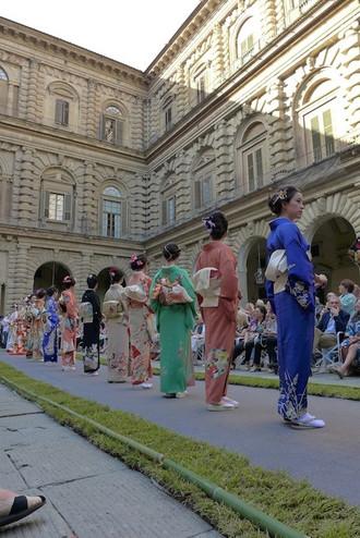Kimono_show_1_taka_rr